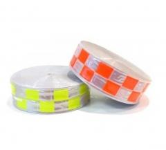 Cinta Reflectiva Plastica Para Coser Cuadrados Amarillo-blanco 5cm X Mt