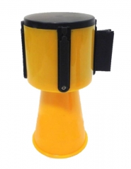 Dispositivo Retractil Para Conos Con Cinta Amarilla Y Negra Cd-7241na