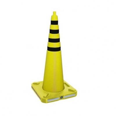 Cono Amarillo 70cm Base Cuadrada Para Arena